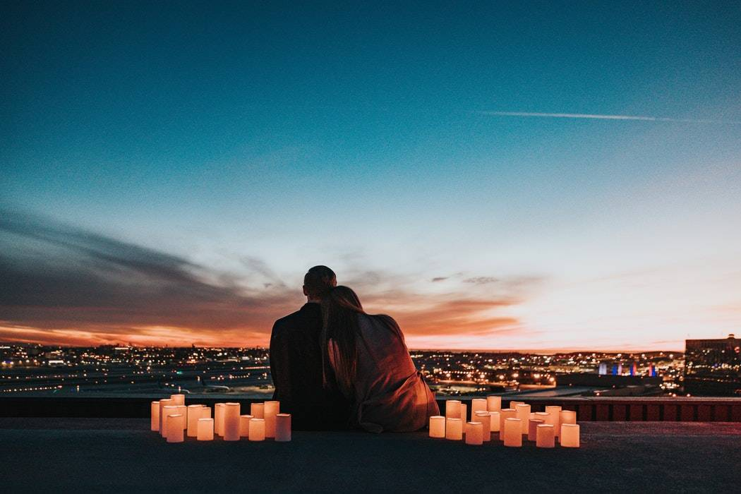 Do distance relationships work? How can you make it work?