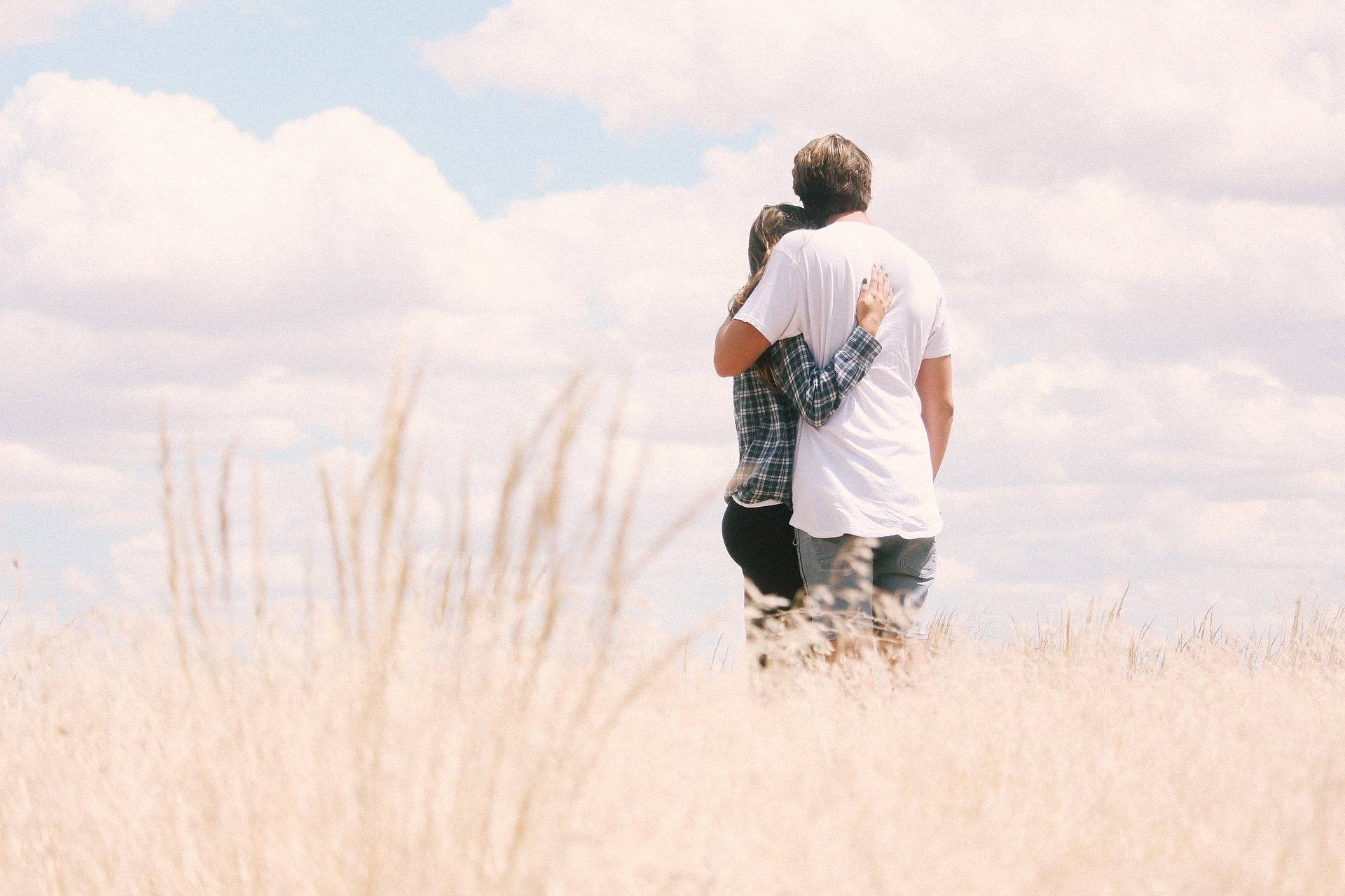 Exclusively Dating: How to Know if You're In One