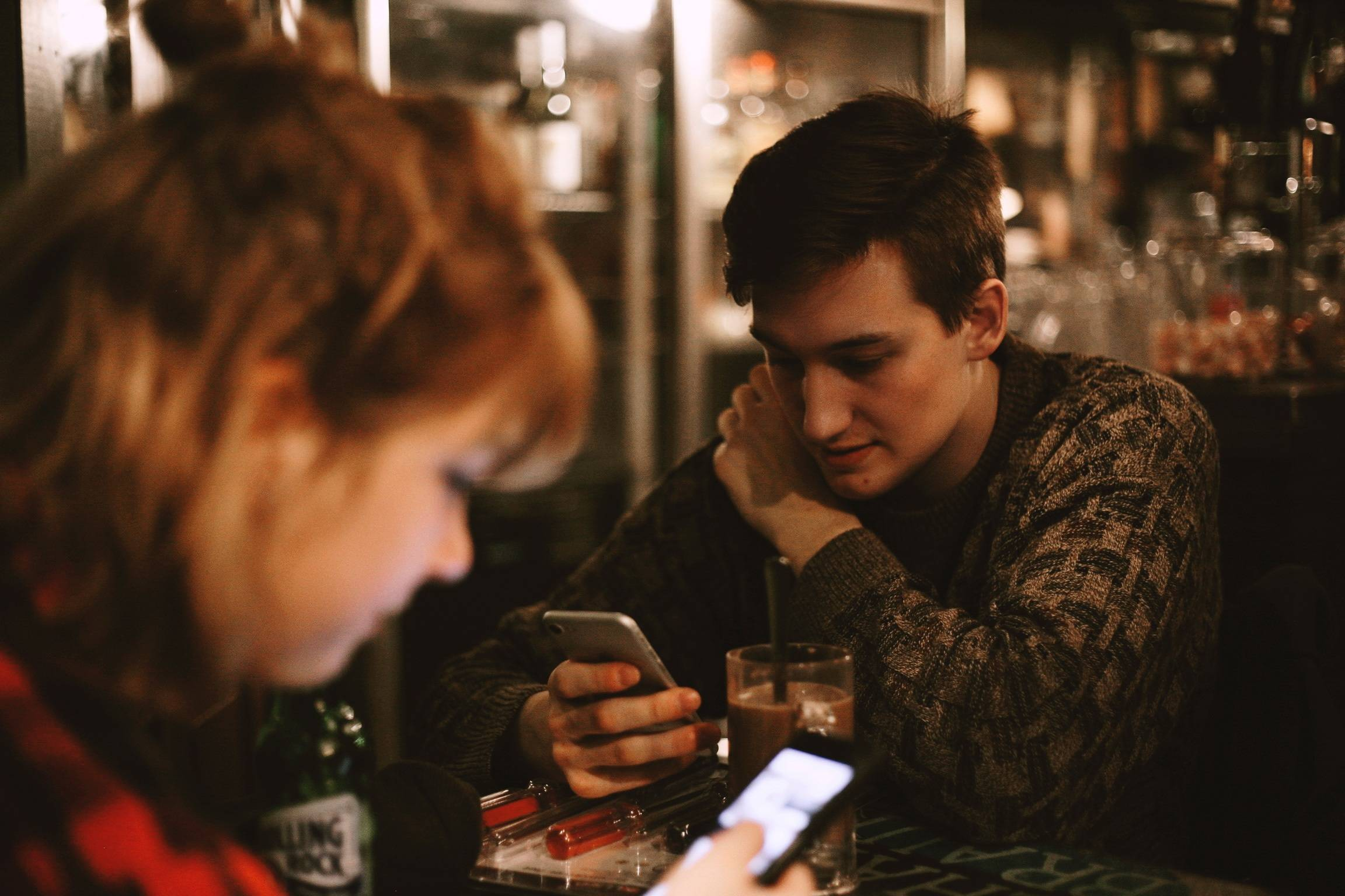 Texting Guidelines and Etiquette While Dating