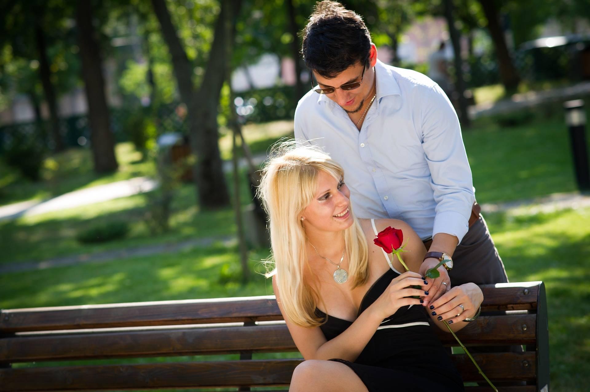 True Love vs. Narcissist Love – When to Leave